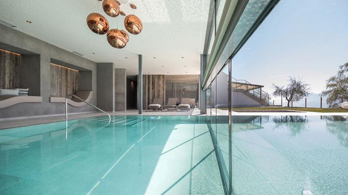 Indoor-Outdoor Pool | Panoramahotel Am Sonnenhang ****s