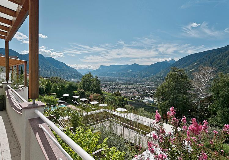 Breath-taking views over the Merano and Environs