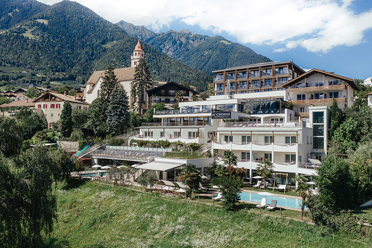 Panoramahotels Am Sonnenhang 4*S in Dorf Tirol